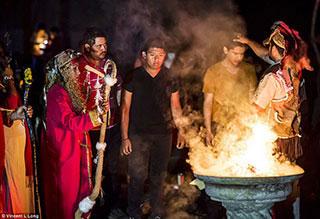 Une messe noire au Mexique