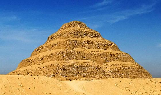 Pyramide à degrés de Saqqarrah